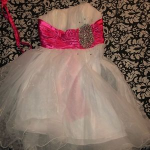 Prom/quince/homecoming dress